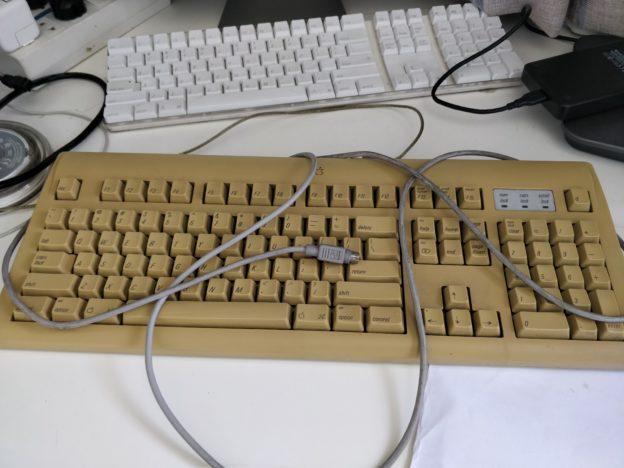 一代标准ADB Mac键鼠上手