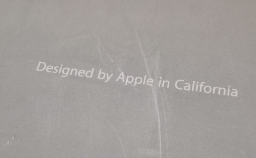 苹果iBook:Designed by Apple in California